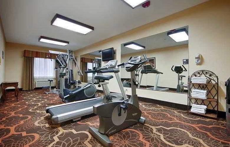 Best Western Greentree Inn & Suites - Hotel - 79