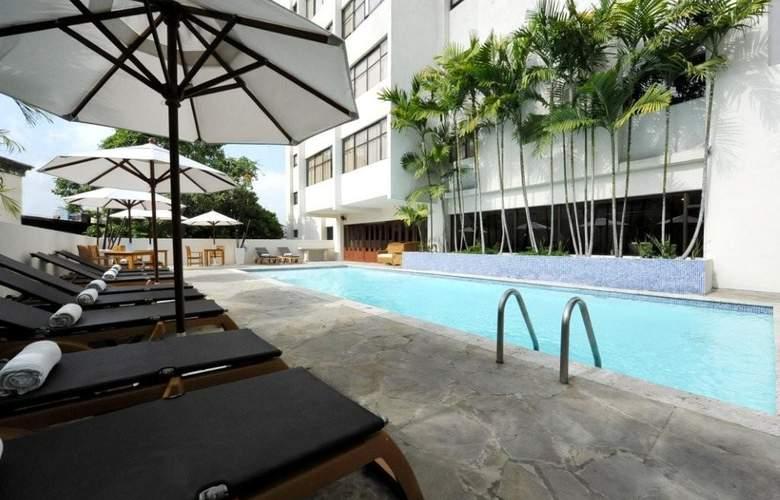 Radisson Santo Domingo - Pool - 2
