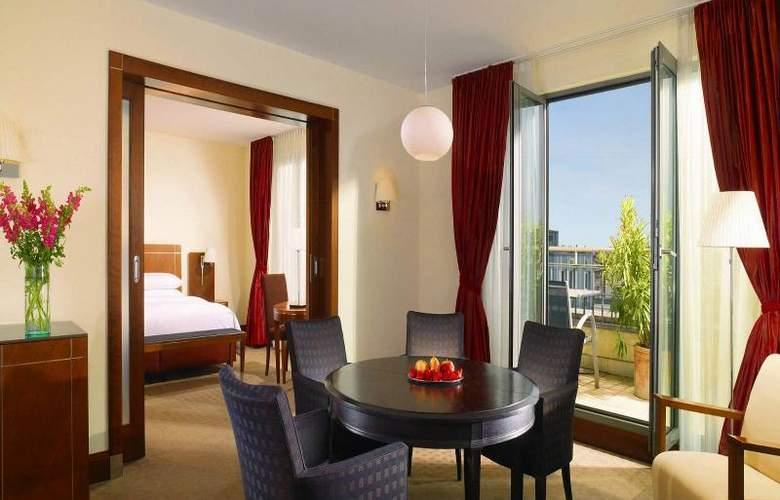 Arabella Sheraton Hotel Carlton - Room - 4