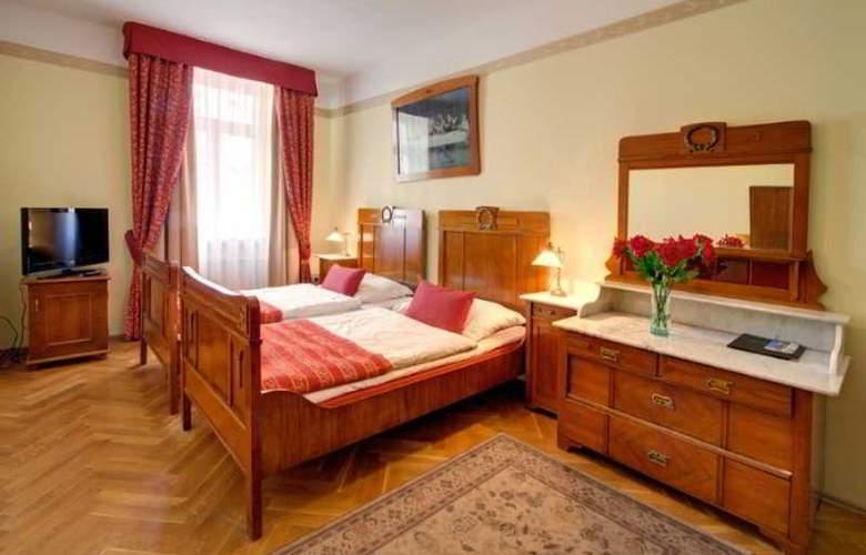 Mucha - Room - 16