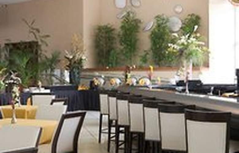 Deauville Beach Resort - Restaurant - 6