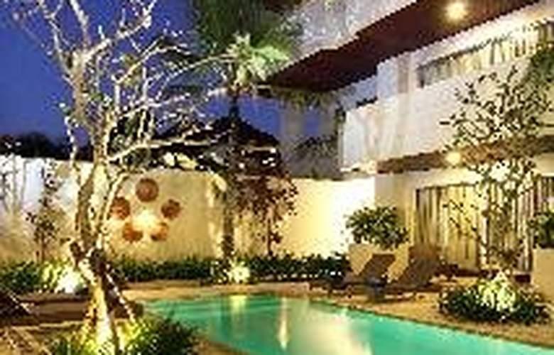 Sunset Mansion Bali - Pool - 4
