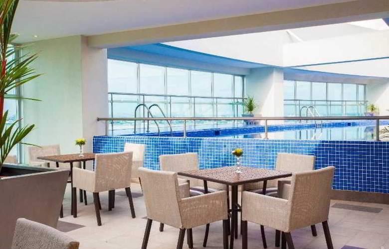 Wyndham Guayaquil - Pool - 10