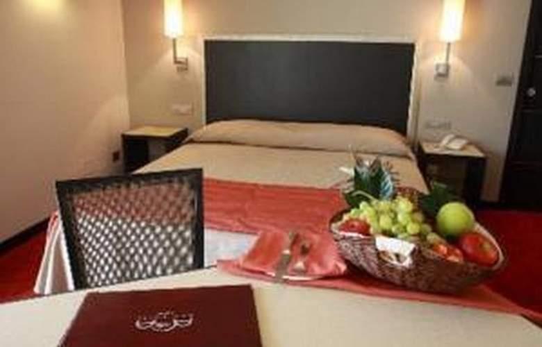 Plaza Hotel Catania - Room - 6
