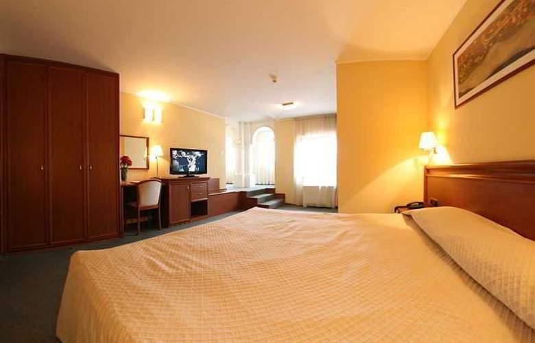 Savoy - Room - 14