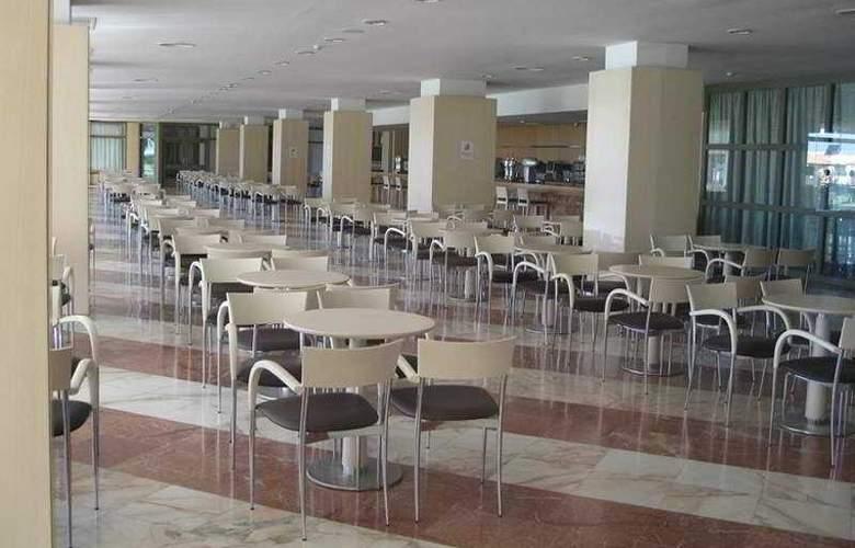 Gran Hotel del Coto - Restaurant - 4