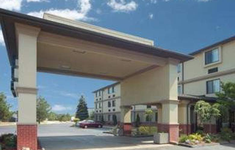 Quality Inn & Suites (Romulus) - General - 2