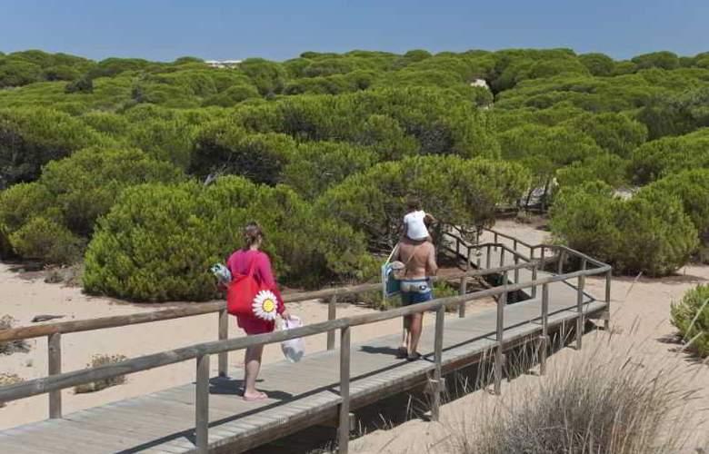 Leo Punta Umbría - Beach - 14