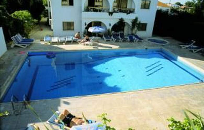 Stephanos - Pool - 6
