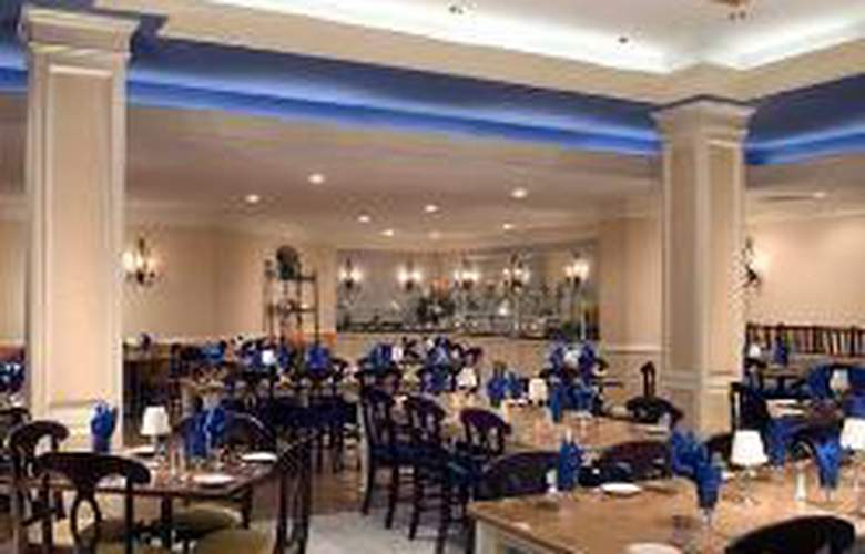 Hilton Raleigh-Durham Airport at Research - Restaurant - 0
