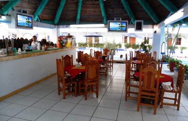 Club Fiesta Mexicana Beach - Bar - 22