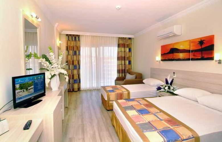 Gardenia Beach - Room - 3