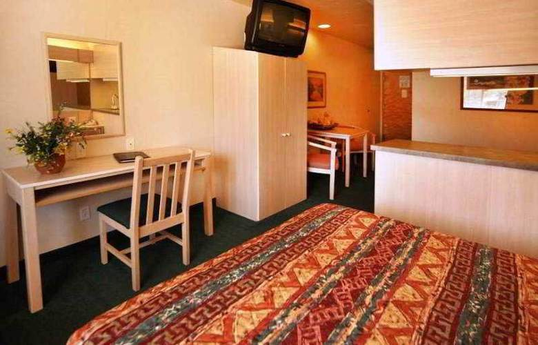 River Canyon Lodge - Room - 3