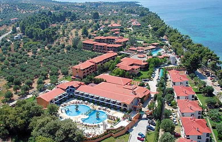 Athena Pallas Village - Hotel - 0