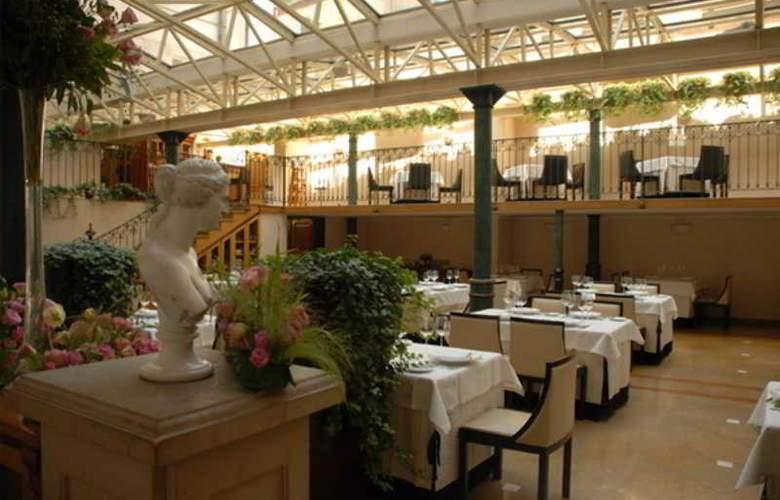Pod Roza - Restaurant - 9