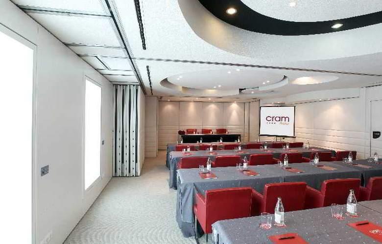 Cram - Conference - 30
