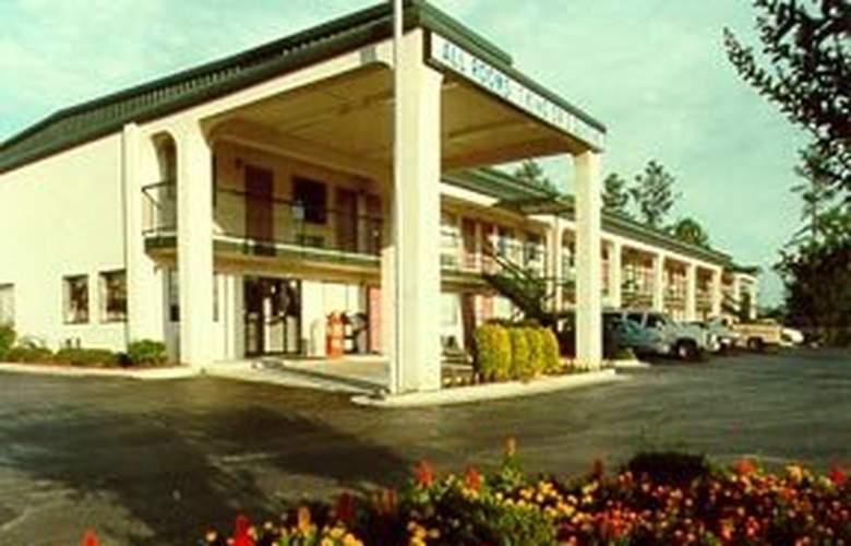 Rodeway Inn - Hotel - 0