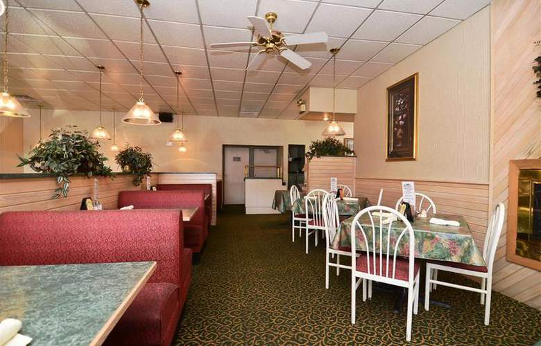 Best Western Raintree Inn - Restaurant - 170