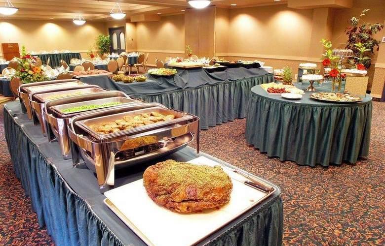 Best Western Plus Denham Inn & Suites - Restaurant - 114