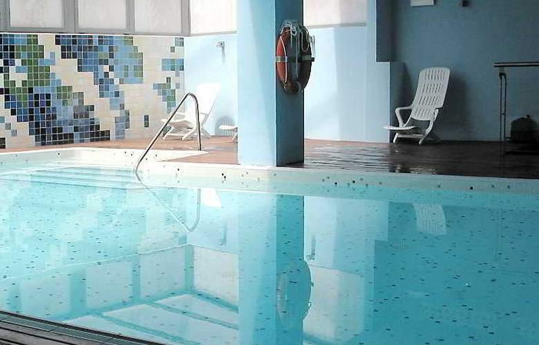 Protur Roquetas Hotel - Pool - 4