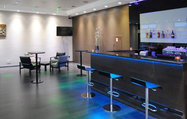 Vale Grande Hotel - Bar - 3