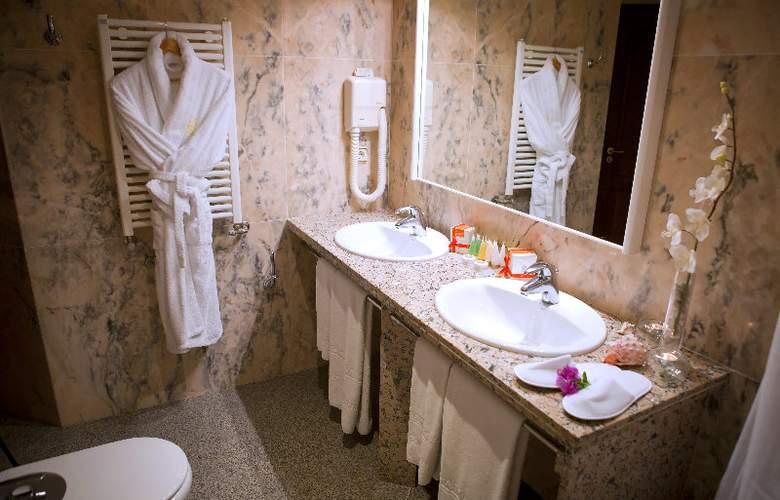Suitehotel S´Argamassa Palace - Room - 7