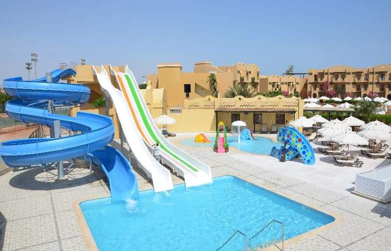 Three Corners Rihana Resort - Pool - 17