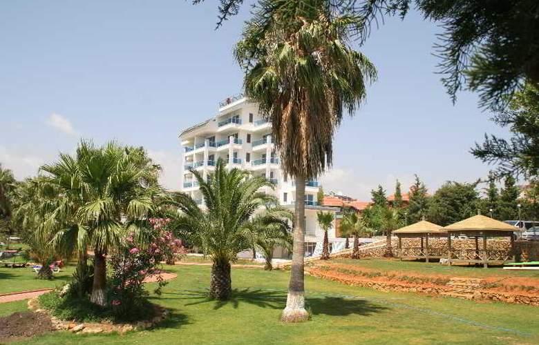 Venessa Beach - Hotel - 11
