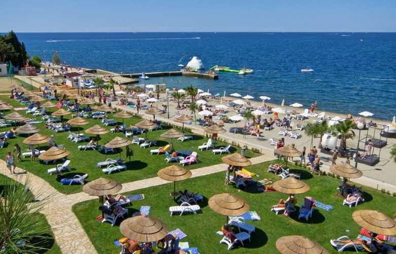 Pinia Residence - Beach - 5