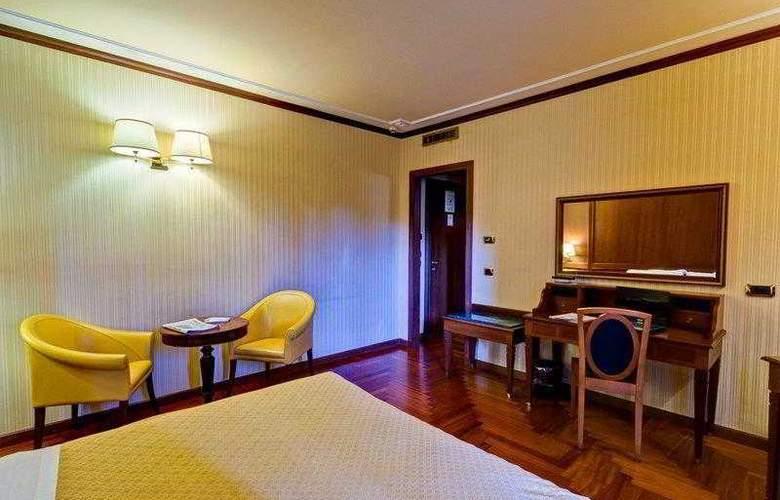 BEST WESTERN Hotel Ferrari - Hotel - 1