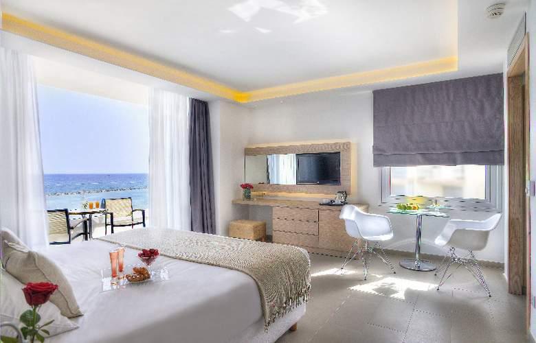 Royal Apollonia Beach - Room - 15