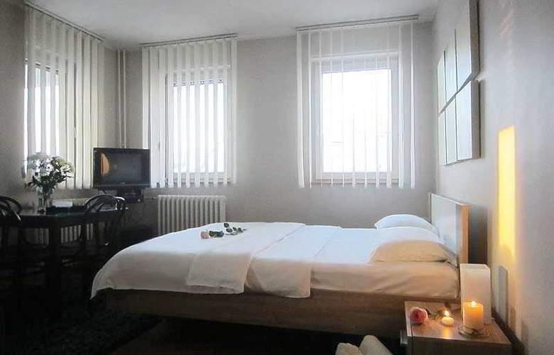 Cozy Studio no.2 near BOHEMIAN SKADARLIJA Street! - Hotel - 11