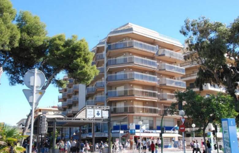 Apartamentos Meritxell/Santa Rosa -Palmyra - Hotel - 2