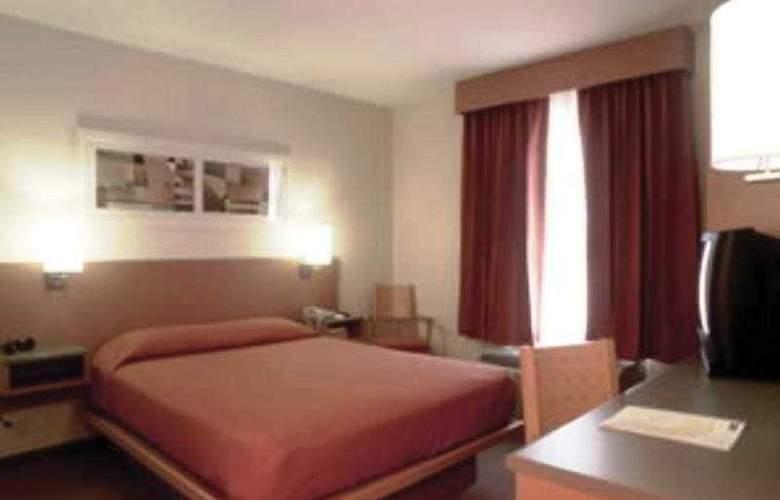 City Express Queretaro - Room - 4