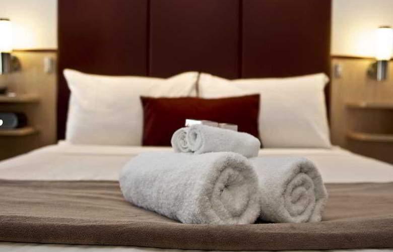 Metro Hotel Perth - Room - 1