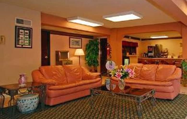 Econo Lodge Downtown - General - 2