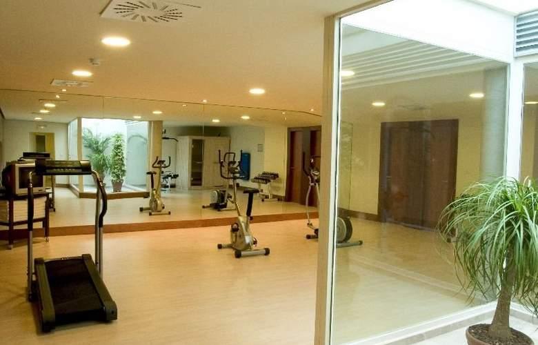 Xon's Valencia - Sport - 4