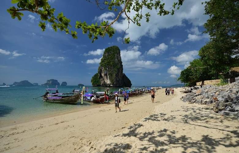 Bhu Nga Thani Resort and Spa - Hotel - 13