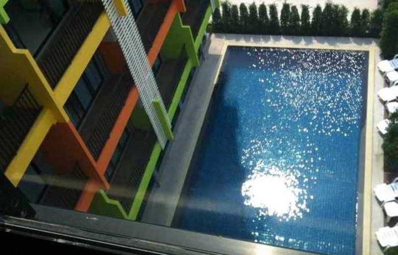 Dream At Wongamart Hotel - Pool - 1