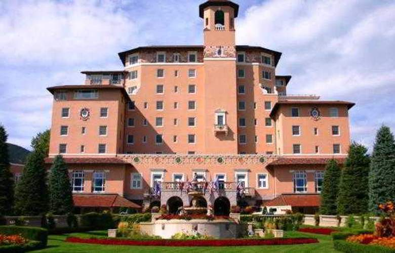 The Broadmoor Hotel - Hotel - 6