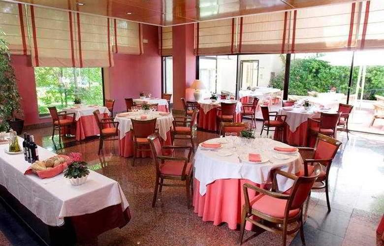 La Moraleja - Restaurant - 6