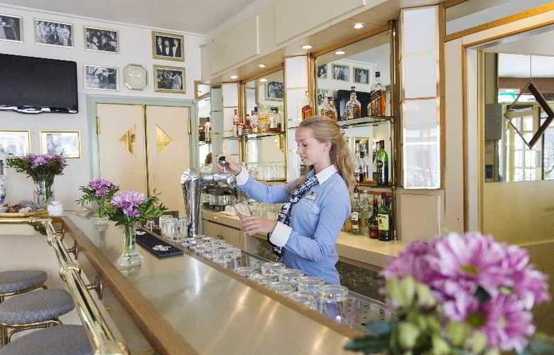 Best Western Museum Hotel Delft - Bar - 26