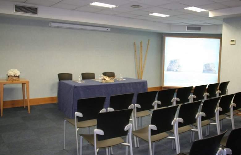 Sercotel Jauregui - Conference - 1