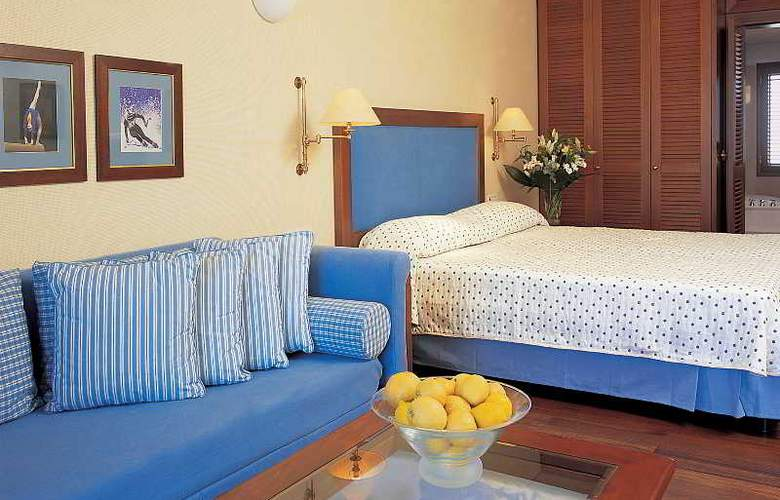 Grand Resort Lagonissi - Room - 13