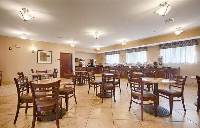 Best Western Plus Eastgate Inn & Suites - Restaurant - 90