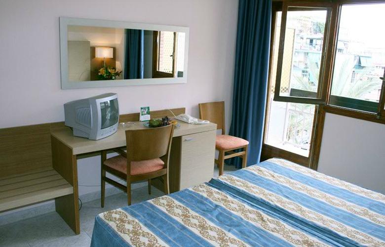 Rosabel - Room - 2