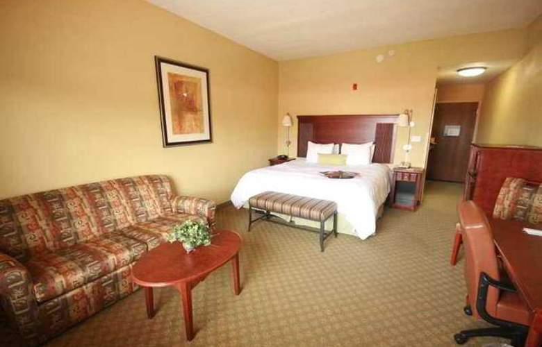 Hampton Inn and Suites Lake City - Hotel - 1