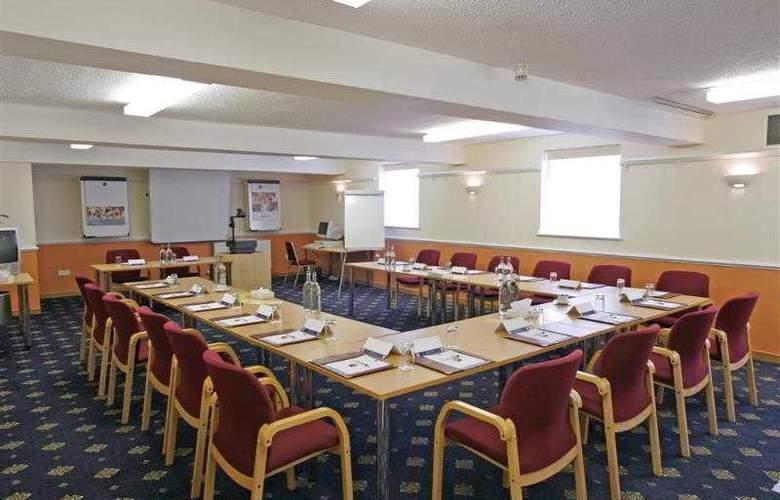Best Western Limpley Stoke - Hotel - 22