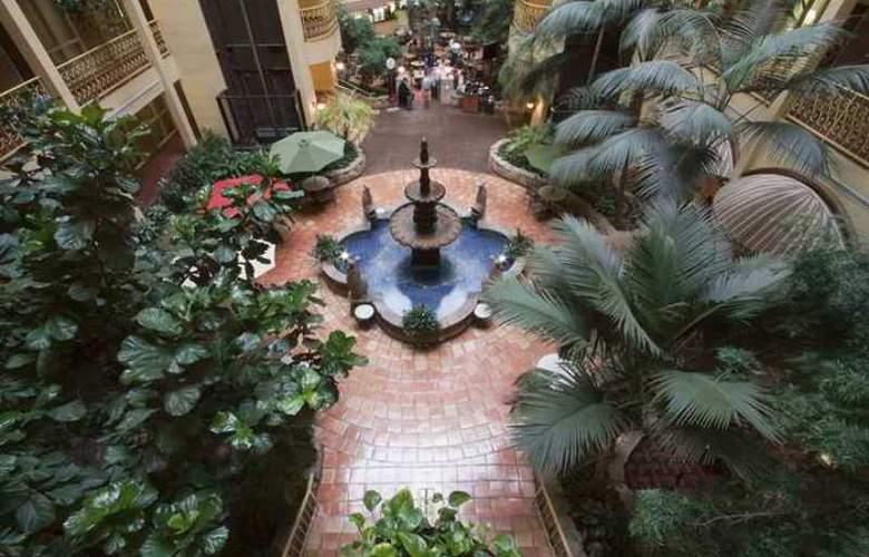 Embassy Suites Denver Aurora - Hotel - 3