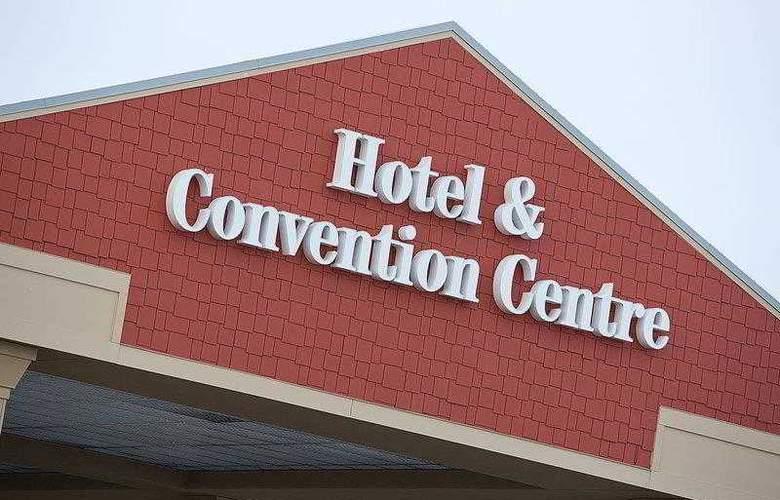 Best Western Plus Camrose Resort & Casino - Hotel - 0
